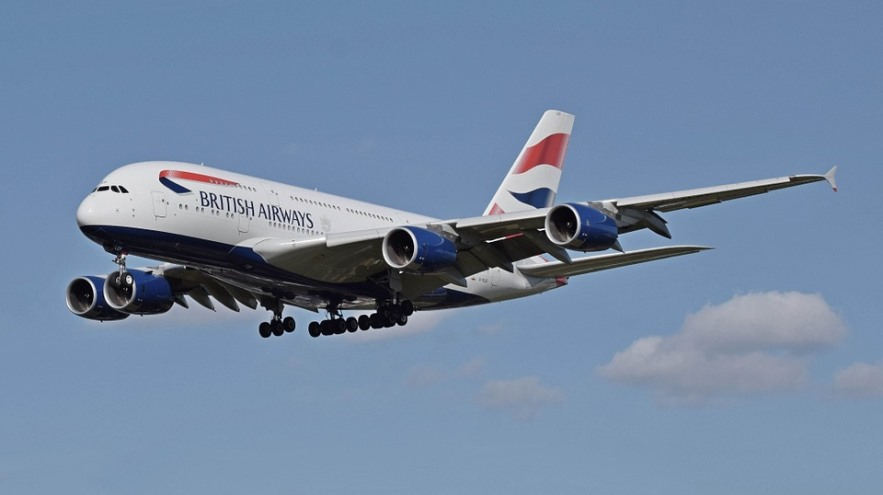 British Airways plane landing photo
